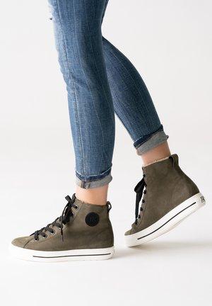 Sneakers hoog - oliv/black