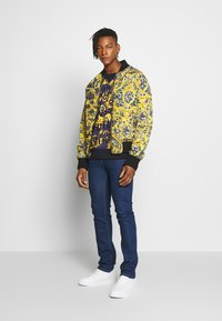 Versace Jeans Couture - MILANO ICON - Jeansy Slim Fit - indigo - 1