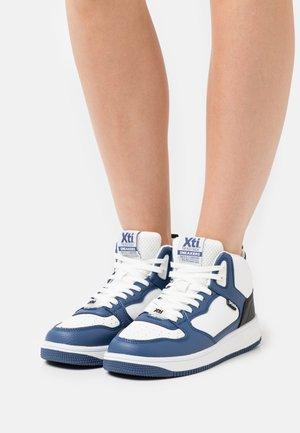 Sneakersy wysokie - navy