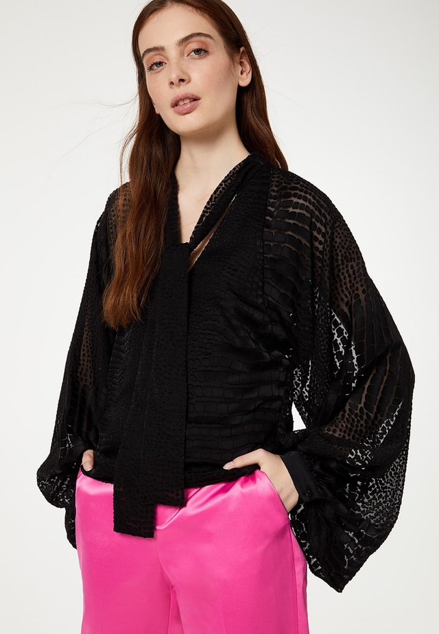 CROCODILE - Blouse - black