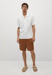 Mango - REGULAR-FIT  - Shirt - blanc - 1