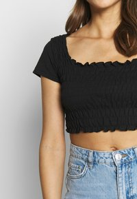 Missguided - SHIRRED CROP 2 PACK - T-Shirt basic - white/black - 6