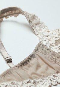 Intimissimi - DANIELA  - Balconette bra - -i - powder beige/cream white - 4