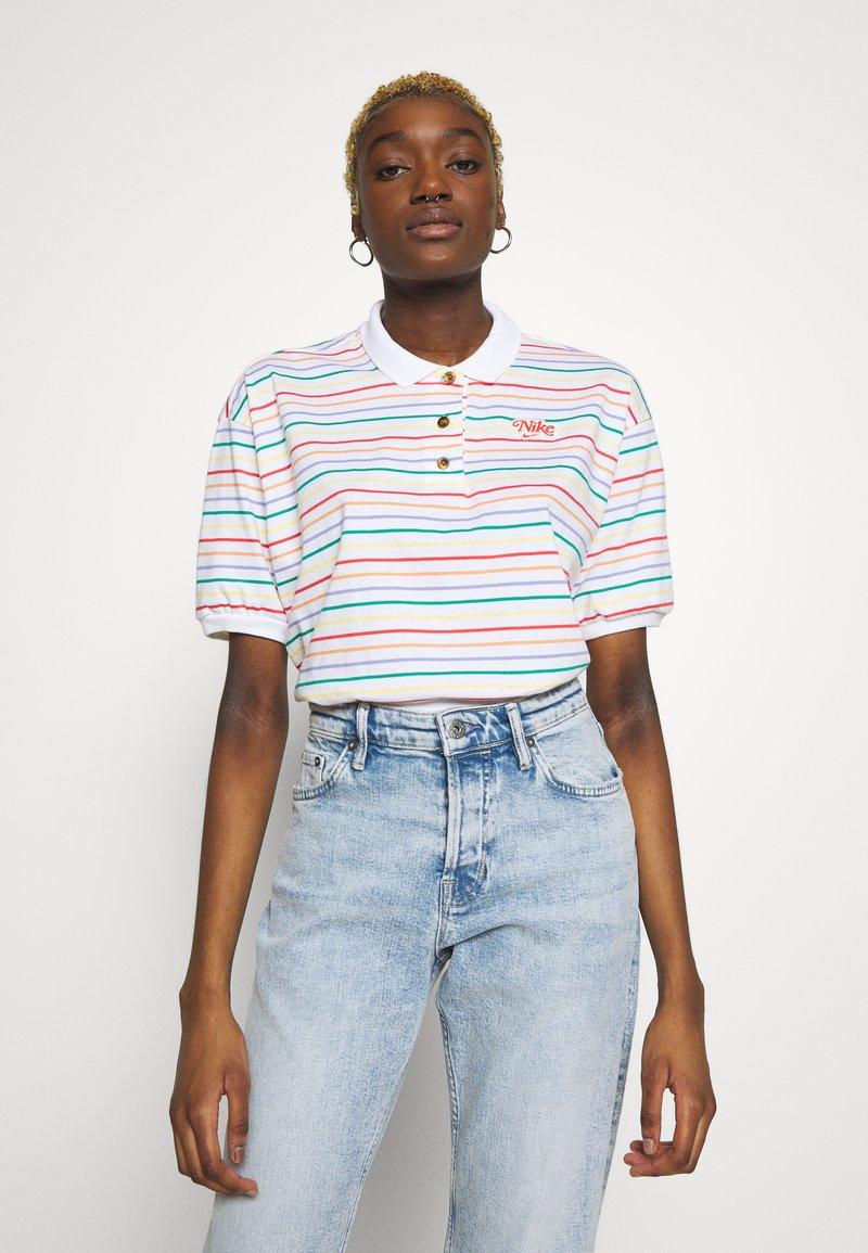 Nike Sportswear - RETRO FEMME - Polo shirt - white