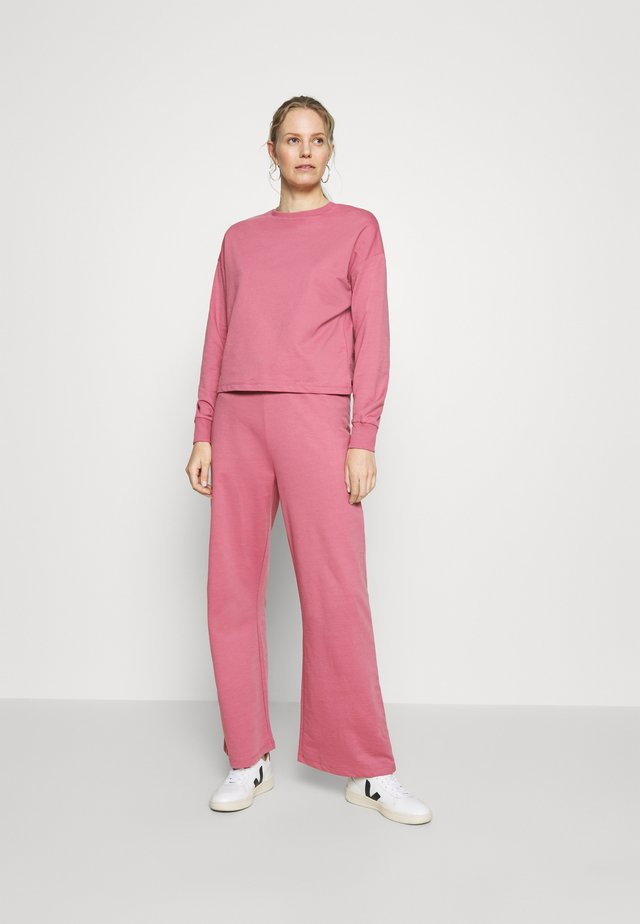TRACKSUIT SET JOGGERS AND SWEATSHIRT - Tuta - pink