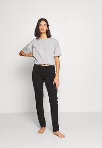 Esprit - GOLDAH  SET - Pyjama set - light grey - 1