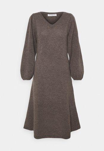 V NECK A LINE LONG DRESS - Jumper dress - heather brown