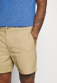 Abercrombie & Fitch - Shorts - khaki - 4
