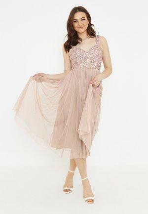 JASMINE - Koktejlové šaty/ šaty na párty - pale mauve