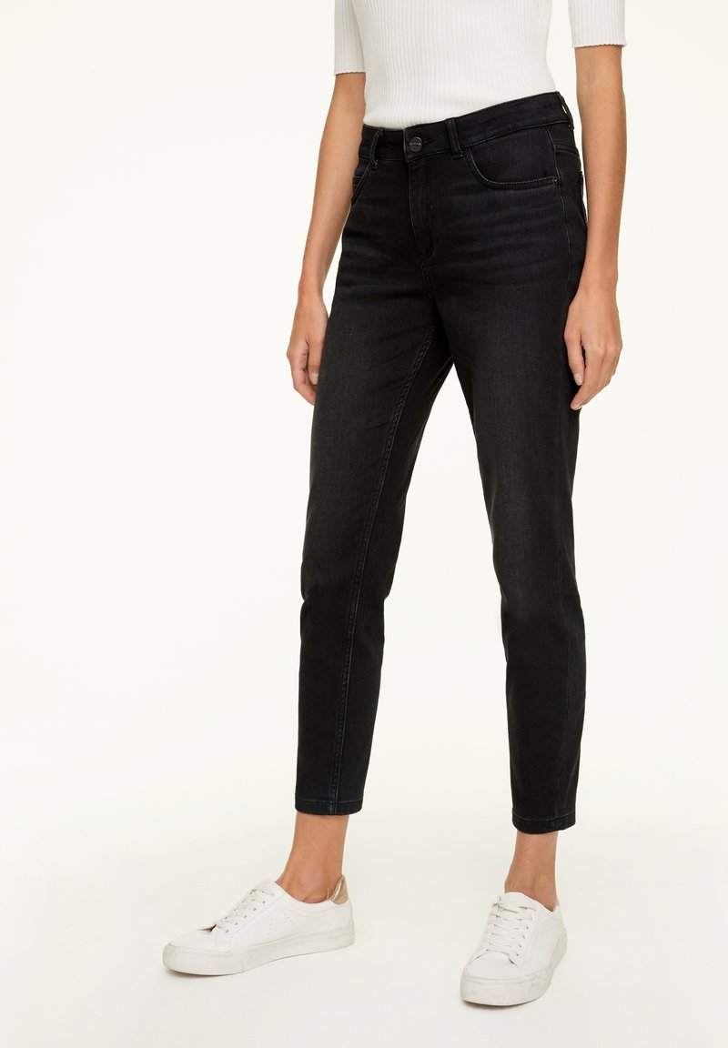 comma - MIT WASCHUNG - Jeans Skinny Fit - black