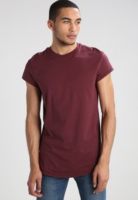 YOURTURN - Basic T-shirt - bordeaux - 0