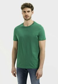 camel active - Basic T-shirt - jungle green - 0