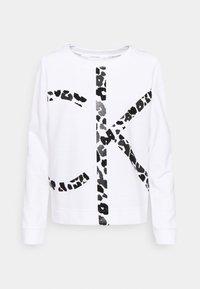 Calvin Klein - LEOPARD CNECK - Sweatshirt - bright white - 0