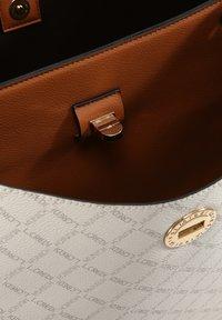 L.CREDI - FILIBERTA  - Handbag - weiss - 3