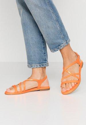 Sandals - orange neon