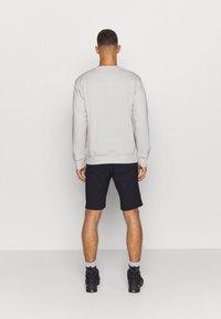 Columbia - MINAM RIVERCREW - Sweatshirt - nimbus grey heather/city grey - 2