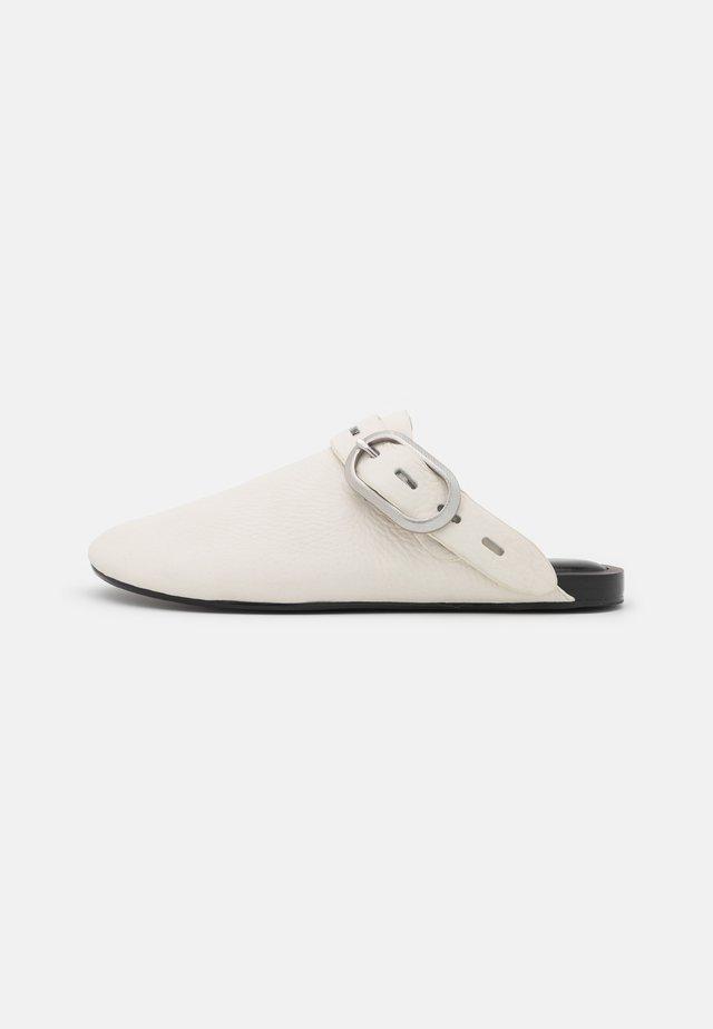 ANSLEY SLIDE - Mules - antique white