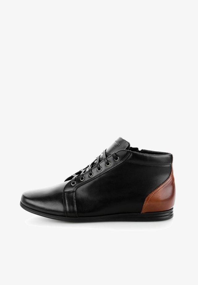 MALGRATE MALGRATE - Chaussures à lacets - black