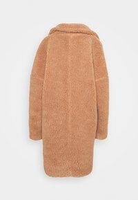 Missguided Petite - ZIP PATCH POCKET - Winter jacket - tan - 1