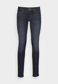 Marc O'Polo - DENIM TROUSER LOW WAIST SKINNY FIT REGULAR LENGTH - Jeans Skinny Fit - liverpool wash - 0