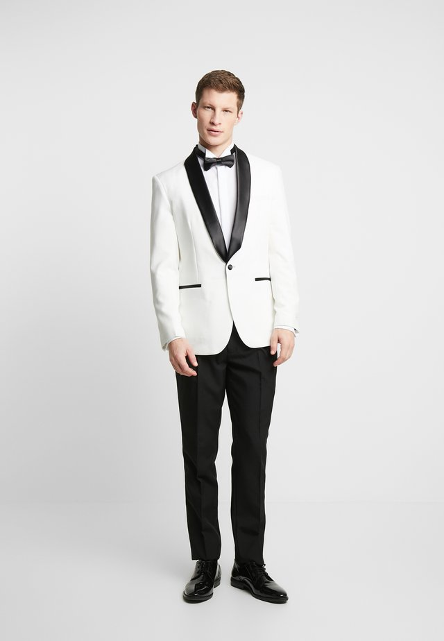 PEARLY TUXEDO WITH BOW TIE - Kostym - white