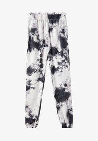 PULL&BEAR - MIT TIE-DYE IM KONTRAST - Spodnie materiałowe - light grey - 5