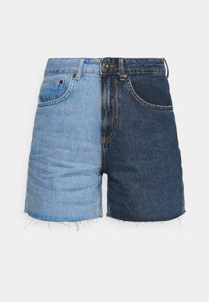 HALF & HALF - Jeansshorts - light blue