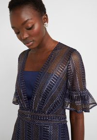 Three Floor - EXCLUSIVE DRESS - Day dress - navy gold - 4