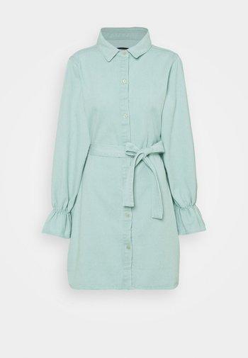 FRILL CUFF SHIRT DRESS - Dongerikjole - sage