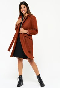 LolaLiza - WITH BELT - Trenchcoat - red - 4