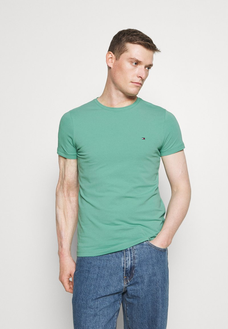 Tommy Hilfiger - STRETCH SLIM FIT TEE - T-paita - frosted evergreen