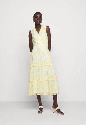 GEORGETTE DRESS - Denní šaty - col cream/beach