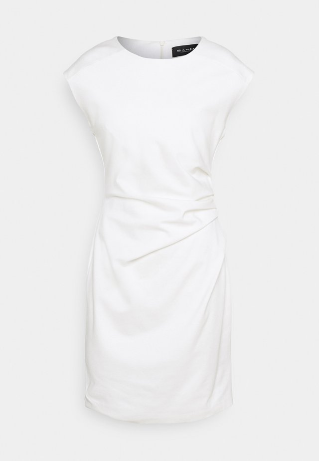 DANJA - Etui-jurk - white