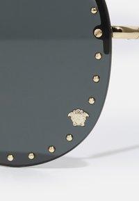 Versace - UNISEX - Sonnenbrille - gold-coloured - 2