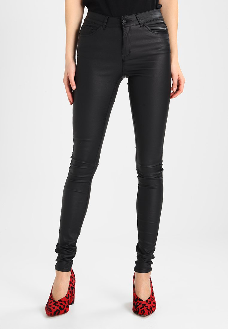 Vero Moda - VMSEVEN SMOOTH COATED PANTS - Trousers - black