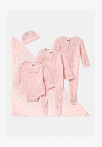 Cotton On - BUNDLE SET UNISEX - Huer - crystal pink - 0