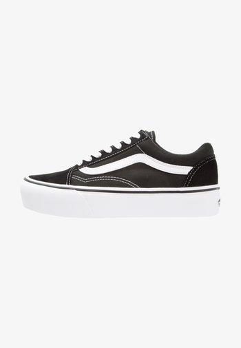 UA OLD SKOOL PLATFORM - Sneakers basse - black/white