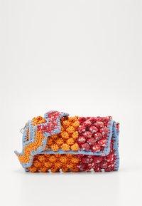 M Missoni - BAGUETTE TRACOLLA ZIG ZAG - Across body bag - orange/multicolor - 1