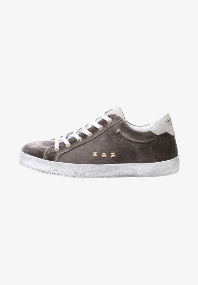 ALEX - Trainers - brown