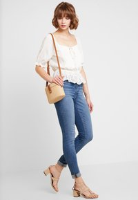 Levi's® - 721 HIGH RISE SKINNY - Jeans Skinny Fit - los angeles sun - 1