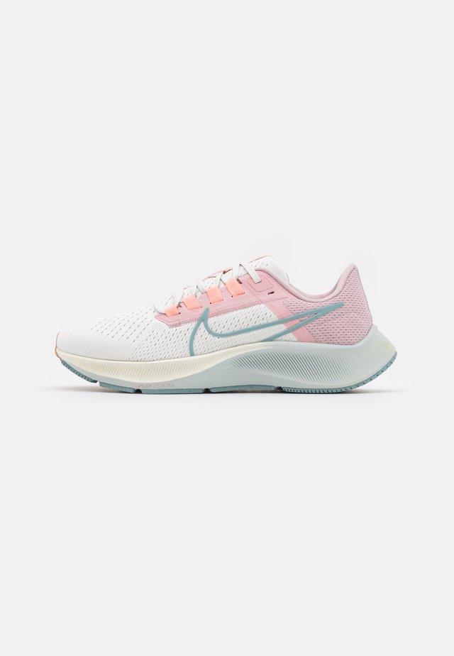 AIR ZOOM PEGASUS 38 - Chaussures de running neutres - sail/ocean cube/pink glaze/crimson bliss/champagne/photon dust