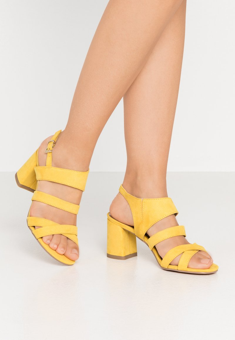 Marco Tozzi - Sandals - yellow