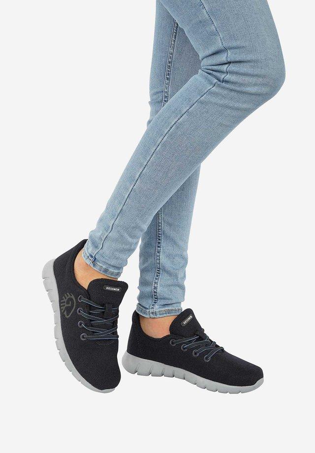 RUNNERS - Sneakers laag - dark blue