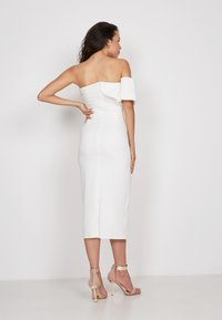 True Violet - Cocktail dress / Party dress - off-white - 1