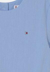 Tommy Hilfiger - BOX PLEAT DRESS - Robe chemise - calm blue - 3