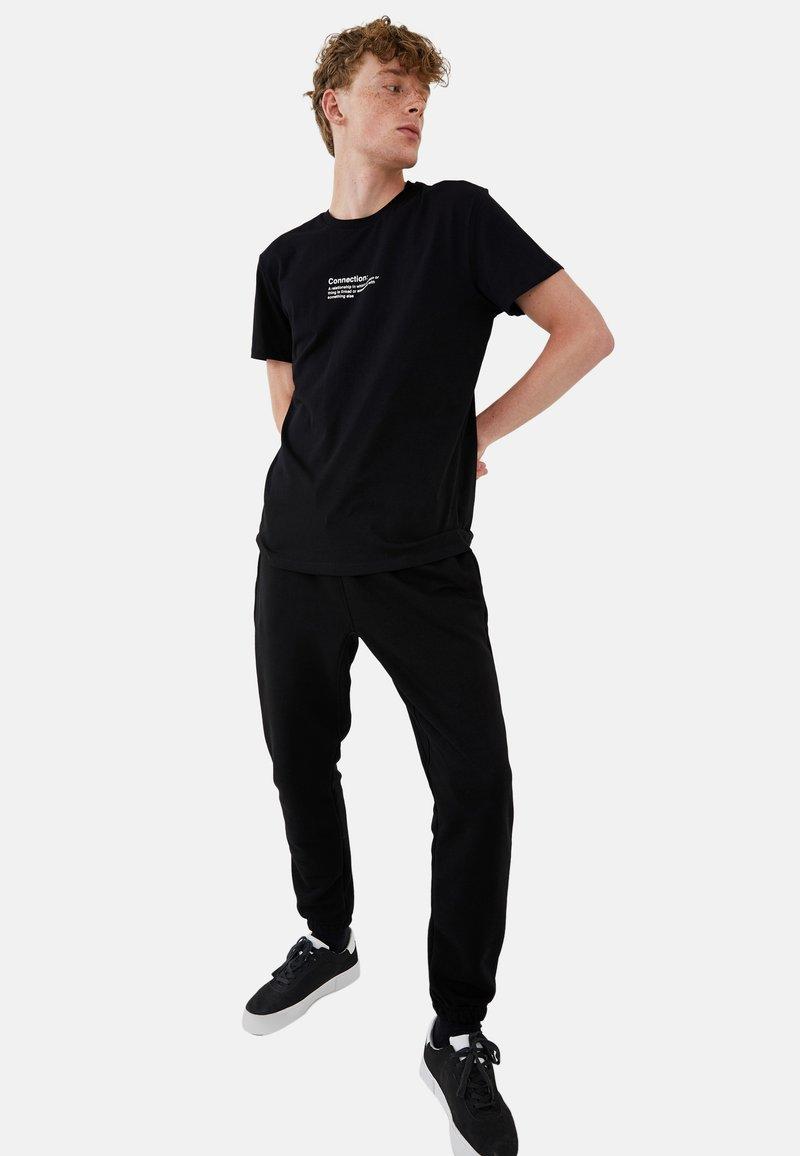 LC Waikiki T-Shirt à col Rond imprimé en Tissu peigné pour