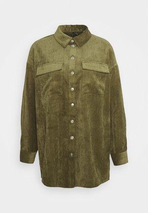 VMYVONNE - Skjorte - ivy green