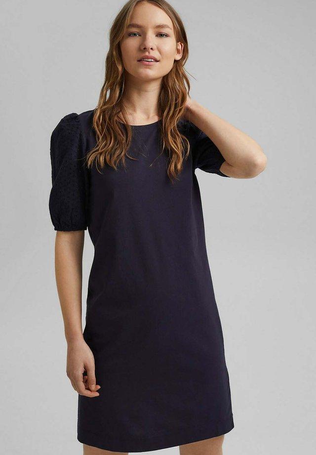 MIT LOCHSPITZE - Jersey dress - navy