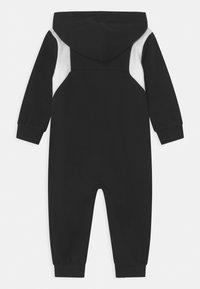 Nike Sportswear - SPORTSWEAR HOODED FULL-ZIP  - Overal - black - 1