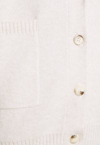 Fashion Union - RITA CARDI - Kofta - cream - 5